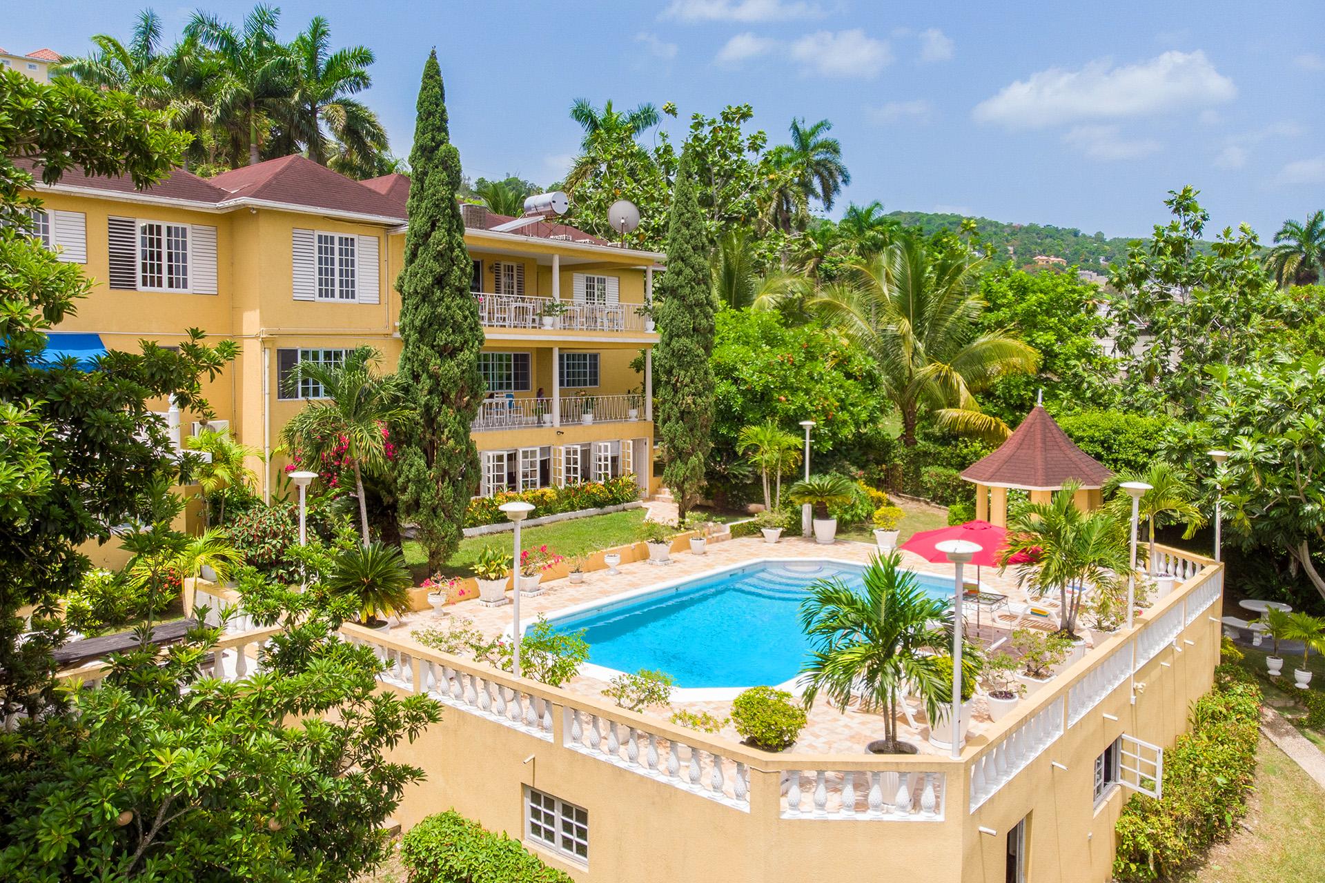 About Bogue Villa
